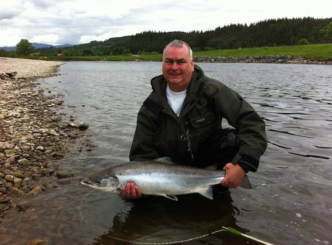 Hire An Experienced Salmon Fishing Guide